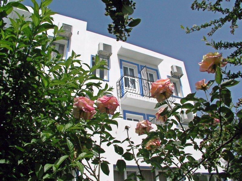 https://hoteluriturcia.aventur.ro/assets/media/imagini_hoteluri/BOAKKA/Akkan_Beach_(7).jpg