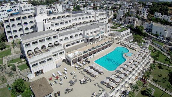 https://hoteluriturcia.aventur.ro/assets/media/imagini_hoteluri/BOAZKA/BOAZKA-HotelPict1-18178.jpg
