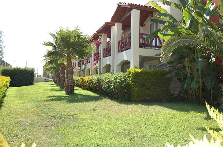 https://hoteluriturcia.aventur.ro/assets/media/imagini_hoteluri/BOSERE/BOSERE-HotelPict1-20552.jpg