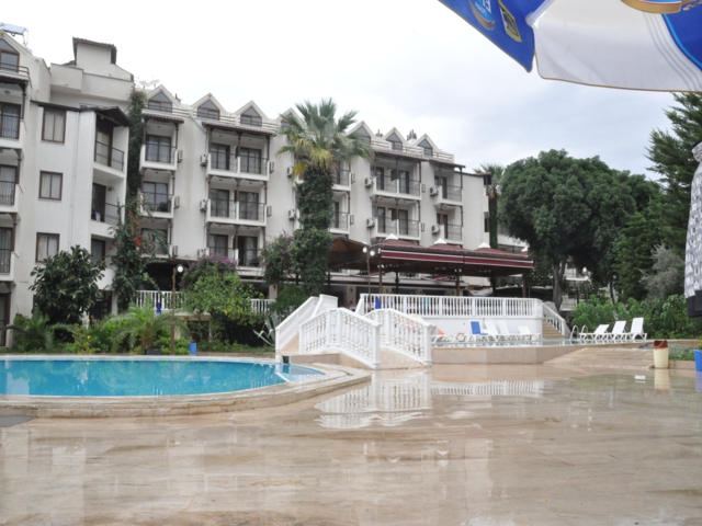 https://hoteluriturcia.aventur.ro/assets/media/imagini_hoteluri/MAHAL1/MAHAL1-HotelPict1-3428.jpg