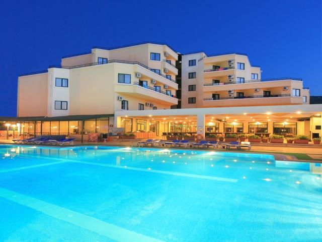 https://hoteluriturcia.aventur.ro/assets/media/imagini_hoteluri/MANERG/MANERG-HotelPict1-3676.jpg