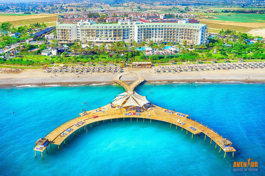 https://hoteluriturcia.aventur.ro/assets/media/imagini_hoteluri/SDLYRA/Side_Lyra_Resort_Hotel.jpg